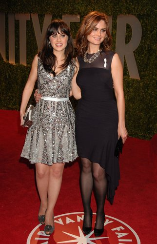 Emily & Zooey Deschanel @ 2009 Vanity Fair Oscar Party