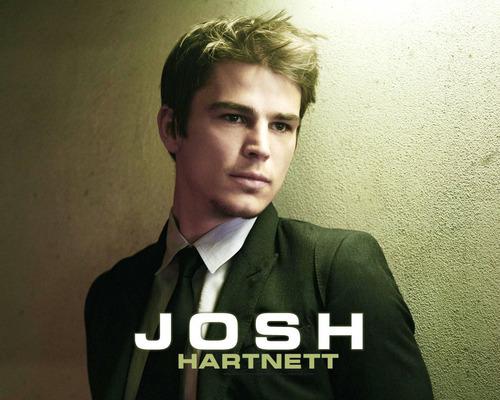 Josh Hartnett achtergrond probably containing a business suit called Josh Hartnett