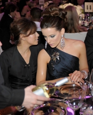 Kate @ 2009 Oscar Party
