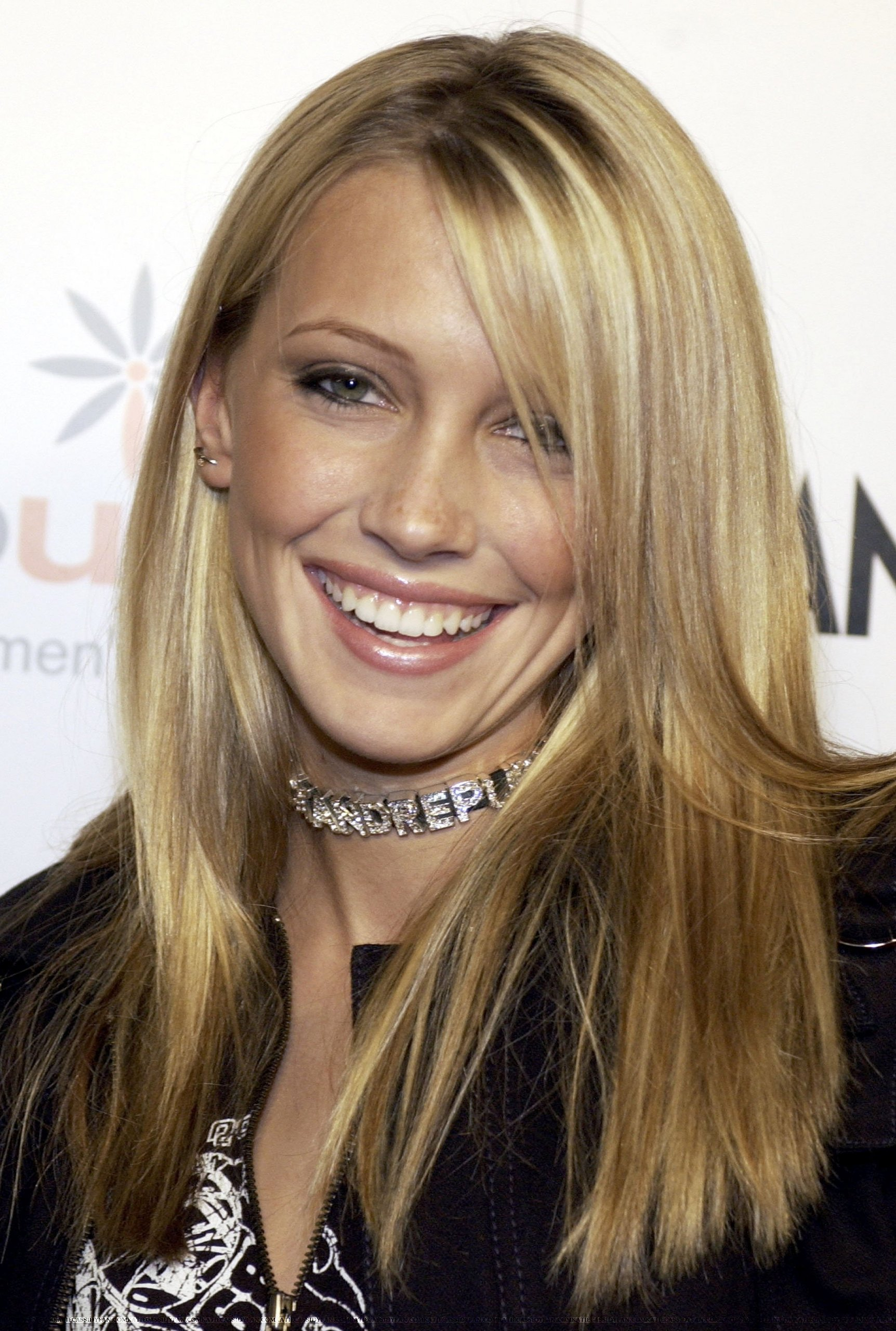 Katie Cassidy - Picture Actress