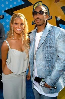 L & Jessica Simpson @ 2003 MTV Movie Awards