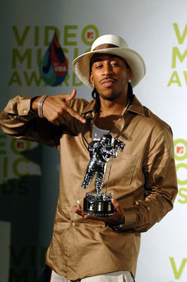 L @ 2005 MTV VMA's