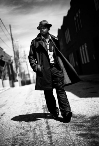 Ne-Yo 壁紙 possibly containing a street, a business suit, and a box コート called NE-YO
