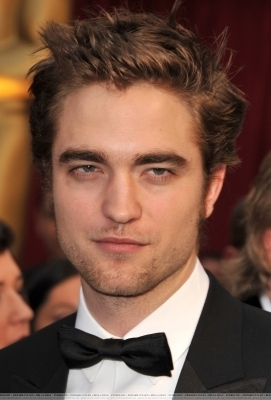 Rob @ Academy Awards - Arrival
