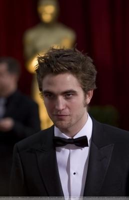 Rob @ Academy Awards - Arrival