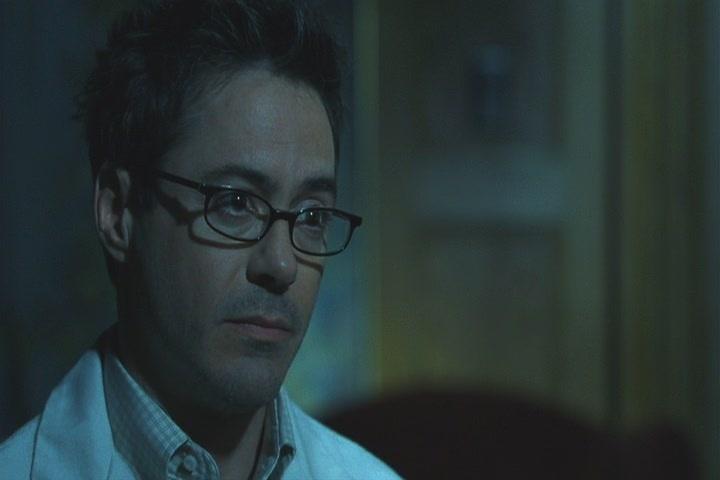 Robert in 'Gothika'