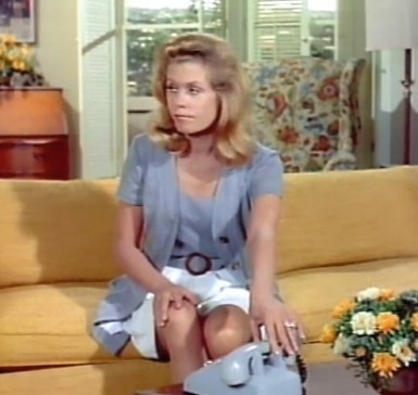 Bewitched wallpaper with a living room, a couch, and a morning room called Samantha