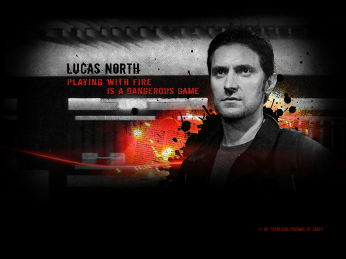 Richard Armitage Hintergrund with a sign called Spooks - Lucas North