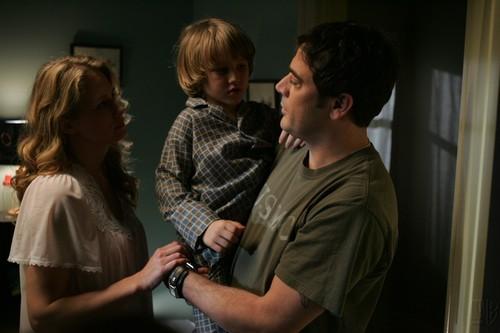 Jeffrey Dean morgan Hintergrund entitled Supernatural- 1.01 Pilot