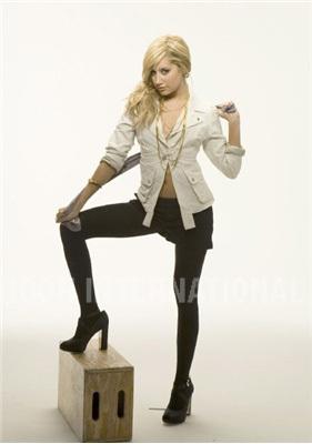 Photoshoot 01 - Sheryl Nields-2007 Ashley-ashley-tisdale-4401169-281-400