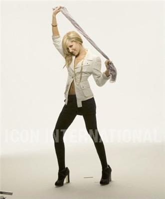 Photoshoot 01 - Sheryl Nields-2007 Ashley-ashley-tisdale-4401182-331-399