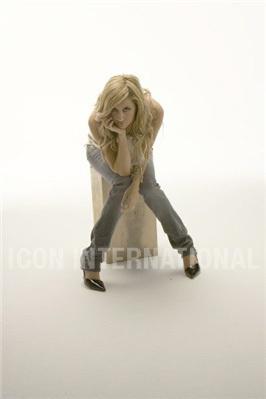 Photoshoot 01 - Sheryl Nields-2007 Ashley-ashley-tisdale-4401309-266-399