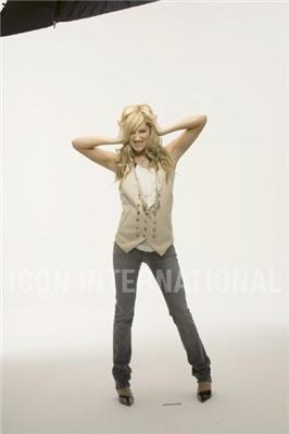 Photoshoot 01 - Sheryl Nields-2007 Ashley-ashley-tisdale-4401315-266-399