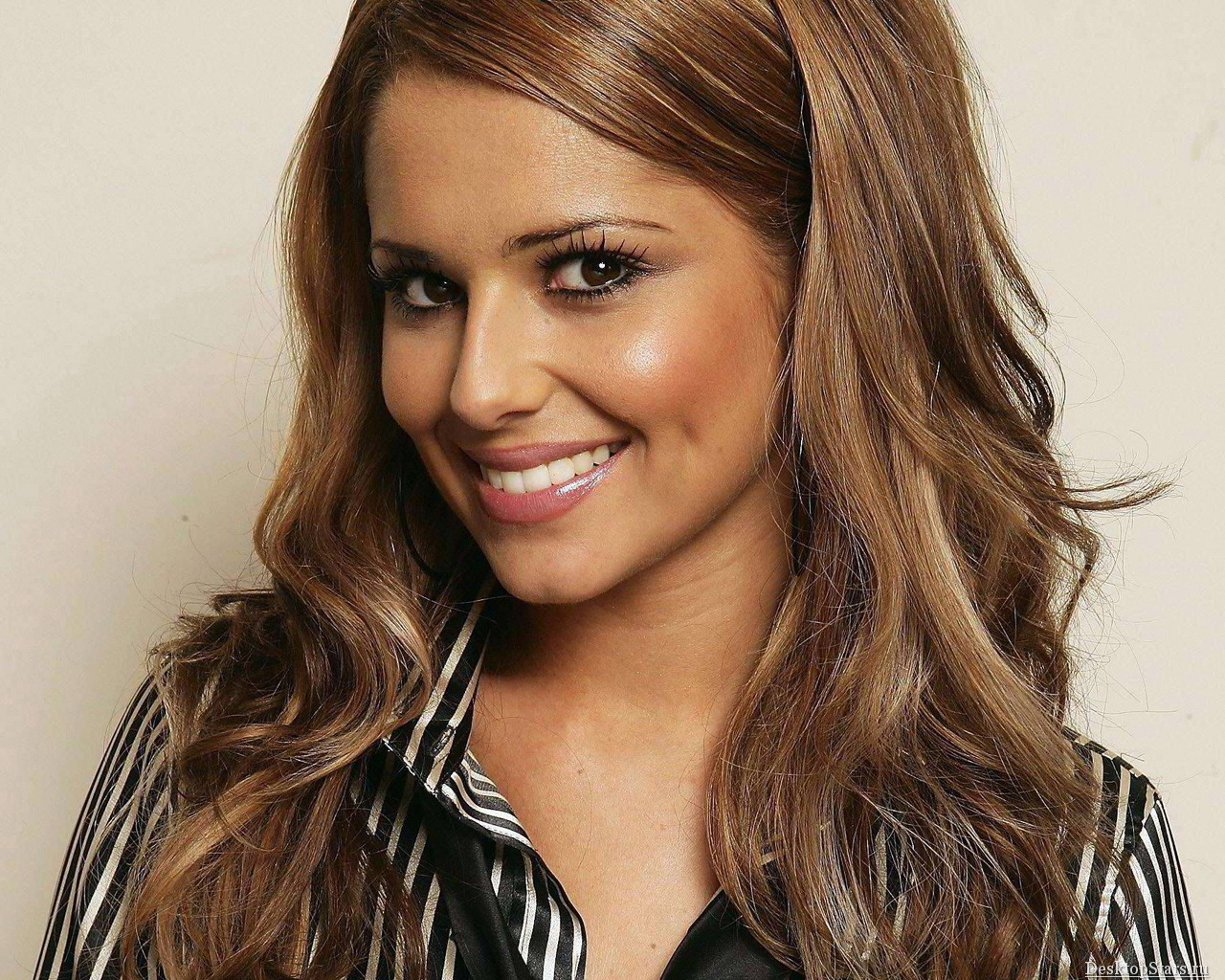 Cheryl Cole - Wallpaper