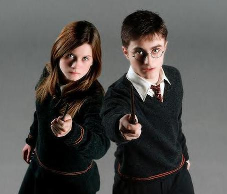 HARRY-AND-GINNY-the-half-blood-prince-4518417-454-389