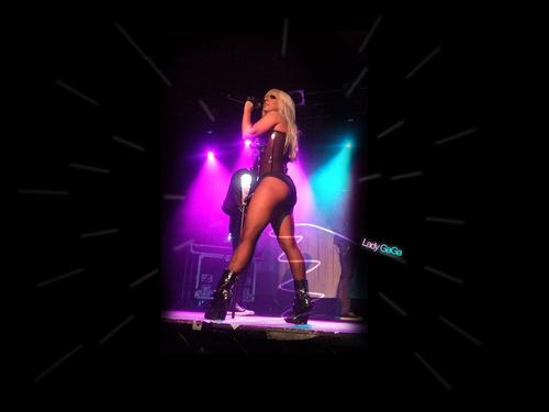 Lady GaGa achtergronden - Podium