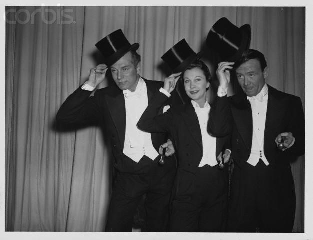 Laurence Olivier, Vivien Leigh and John Mills, 1956