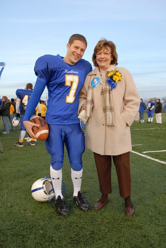 Friday Night Lights wallpaper called Matt & Lorraine Saracen