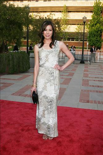 Michaela Conlin wallpaper probably with a bridesmaid, a dinner dress, and a gown entitled Michaela