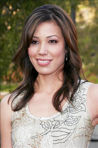 Michaela Conlin wallpaper possibly containing a portrait entitled Michaela