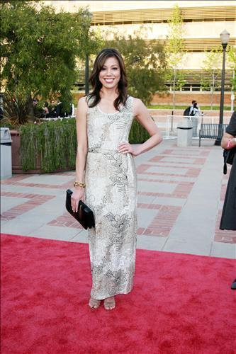 Michaela Conlin wallpaper with a bridesmaid called Michaela