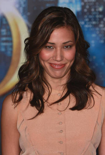 Michaela Conlin দেওয়ালপত্র possibly with a top, a blouse, and a playsuit titled Michaela