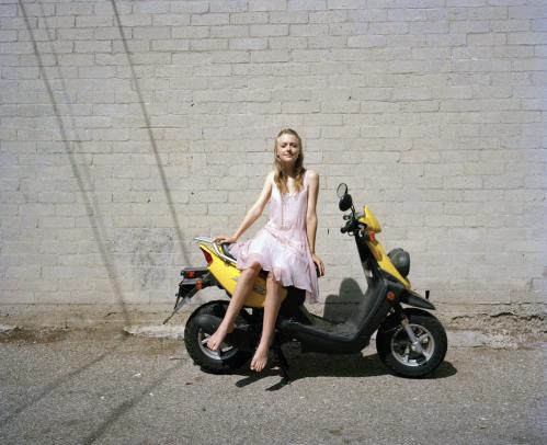 Photoshoot With Tierney Gearon Dakota Fanning Photo 4553357 Fanpop