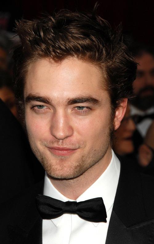 Robert Pattinson at the 81st Academy Awards