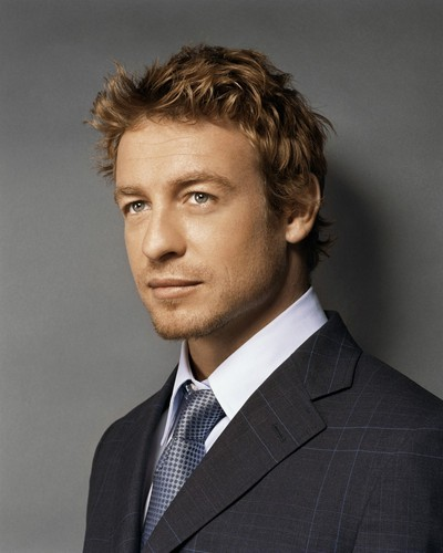 Simon Baker wallpaper containing a business suit, a suit, and a double breasted suit entitled Simon Baker
