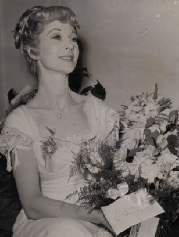 Vivien Candid