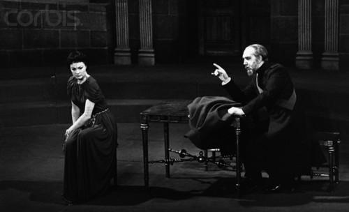 Vivien Leigh in Antigone