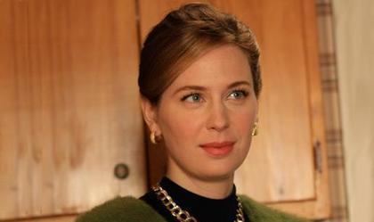 Anne as Francine Hanson