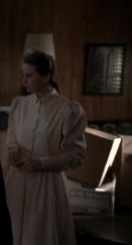 Anne as Laura Grant