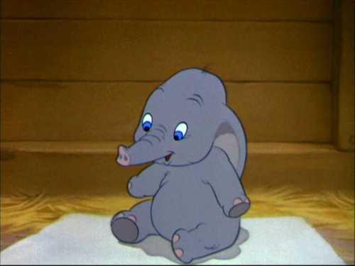 Classic Disney wallpaper entitled Dumbo