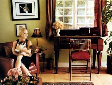 Emily Procter वॉलपेपर with a drawing room, a living room, and a parlor called Emily's House