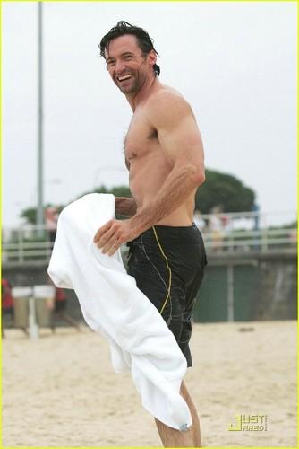 Hugh's ビーチ body