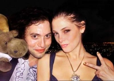 Jackson Rathbone & Ashley Greene fondo de pantalla titled Jackson&Ashley♥