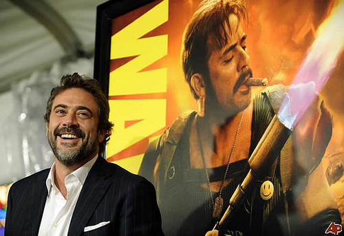 Jeffrey Dean morgan wallpaper probably with a show, concerto called Jeffrey @ LA Watchmen - O Filme Premiere