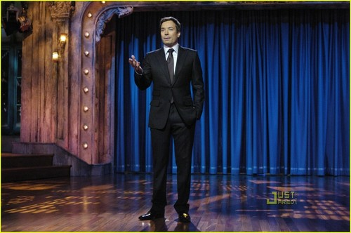 Jimmy Fallon - late-night-with-jimmy-fallon Photo