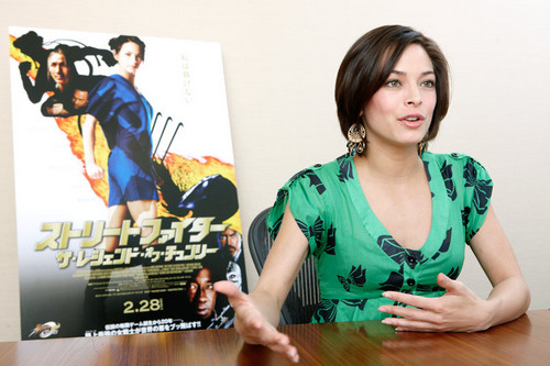 Kristin Kreuk: 2009 거리 Fighter: The Legend Of Chun-Li 일본 Press Junket