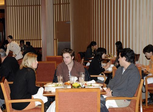 Robert (HQ, Japan)