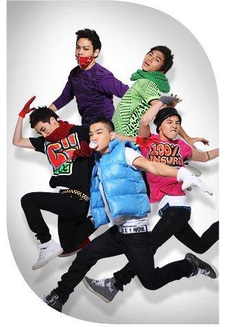http://images2.fanpop.com/images/photos/4700000/Big-Bang-big-bang-4723219-337-478.jpg