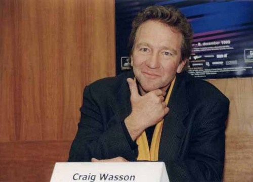 Craig Wasson (Dr Neil Gordan)