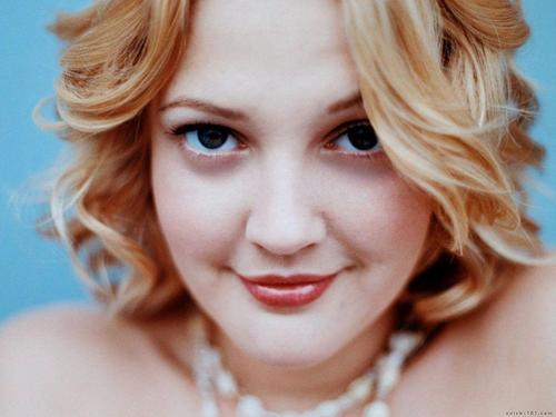 Drew Barrymore wallpaper containing a portrait titled Drew