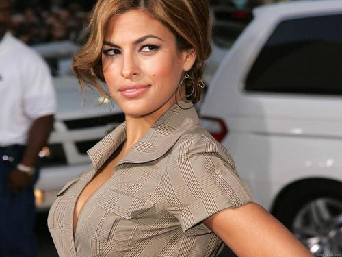 Eva Mendes wallpaper called Eva Mendes