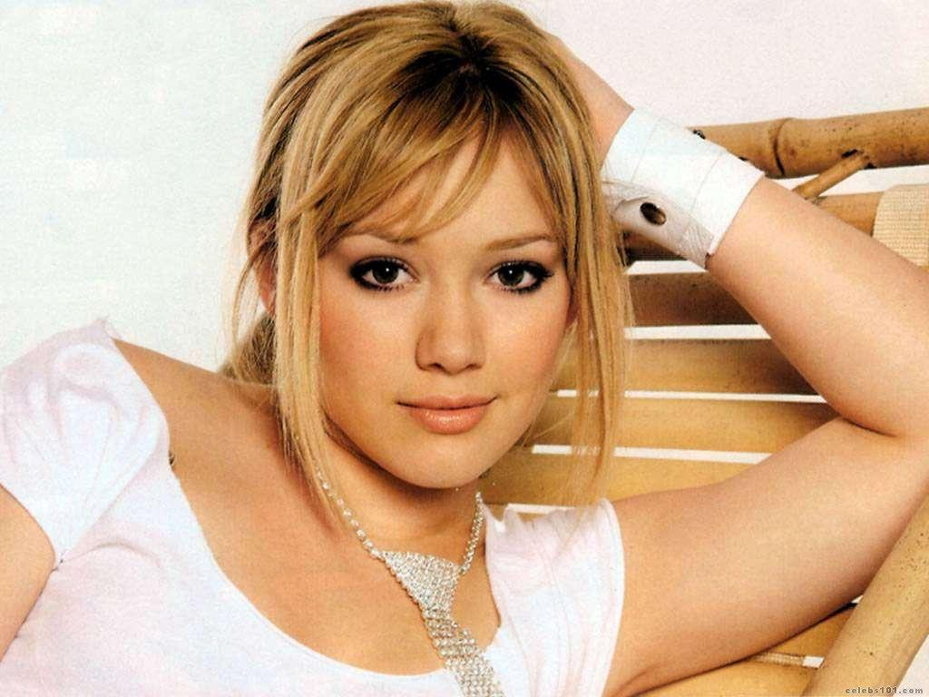 Hilary Duff - Wallpaper Actress