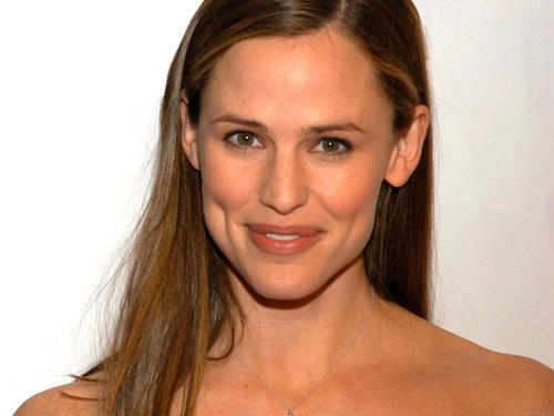 詹妮弗.加纳 壁纸 with a portrait and skin entitled Jennifer Garner