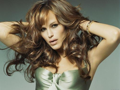 jennifer garner wallpaper containing attractiveness and a portrait called Jennifer Garner