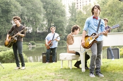 Jonas Brothers 3D movie promotionals