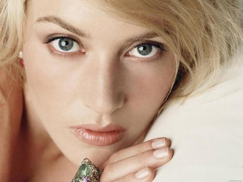 Kate Winslet - kate-winslet Wallpaper